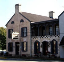 Old Talbott Tavern and Bed & Breakfast
